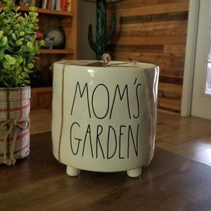 Rae Dunn Full Size Mom's Garden Planter